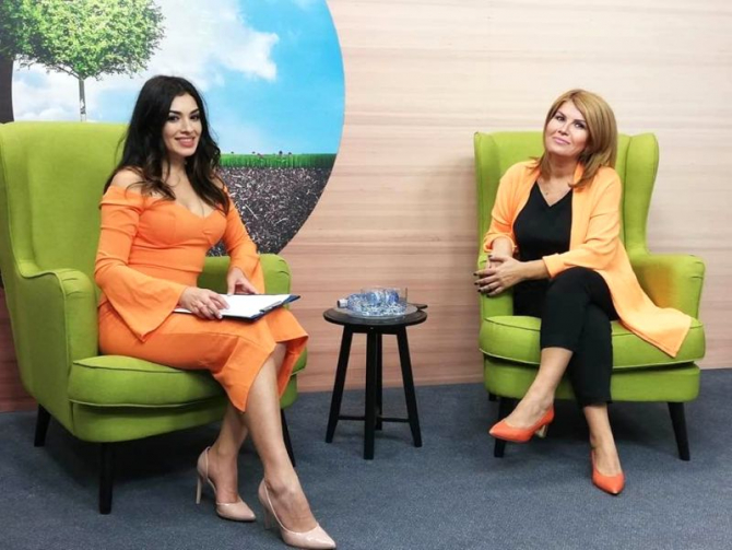 Georgiana Ioniță și Elena Cristian. Foto: DC Media Group