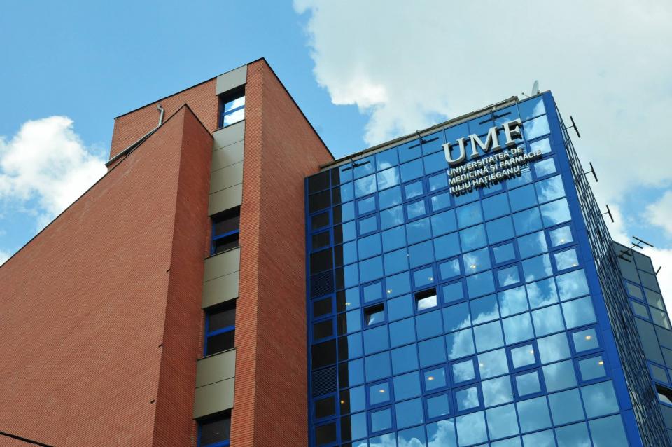 Clădirea UMF Cluj  FOTO: UMF Cluj