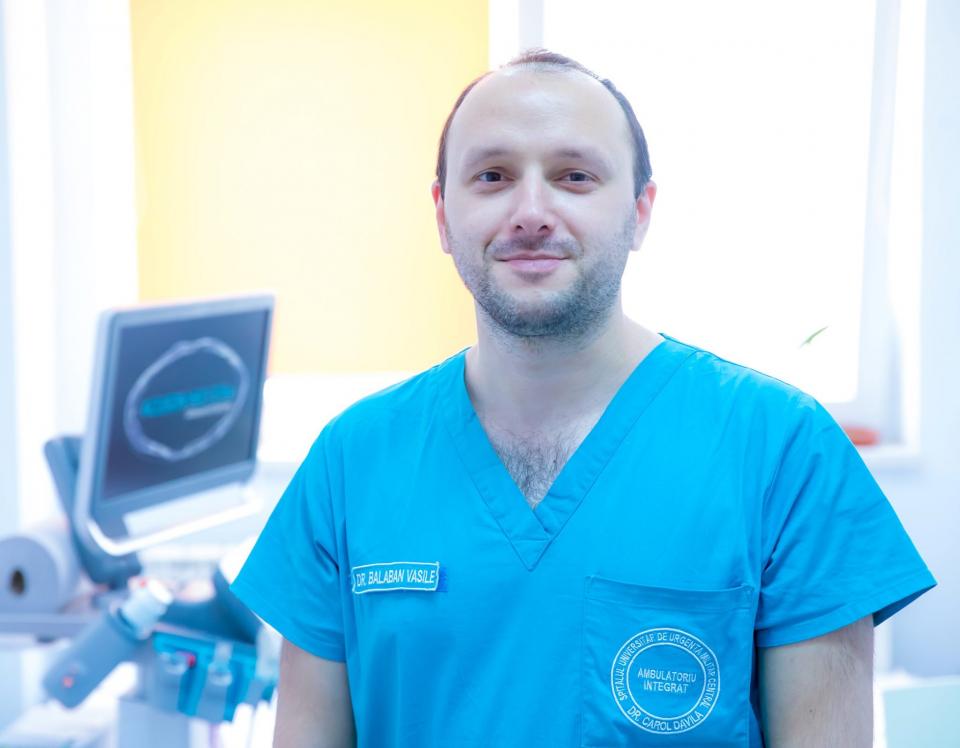 Asistent universitar dr. Vasile Balaban, Medic specialist Gastroenterologie, Ambulatoriul Integrat al SUUMC FOTO: Facebook Spitalul Militar București