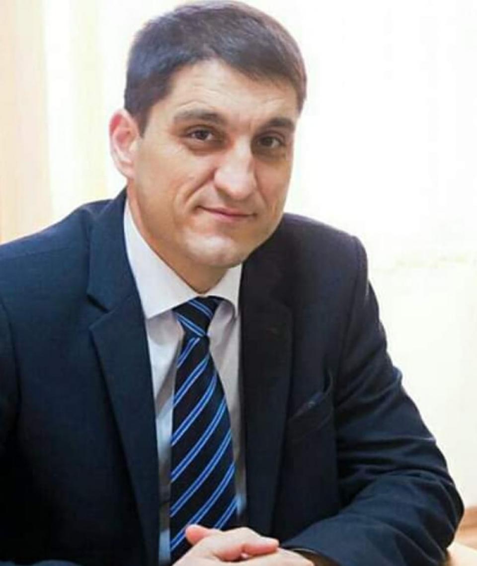 Directorul spitalului, Cristian Roman, infectat cu noul coronavirus   Foto: Facebook
