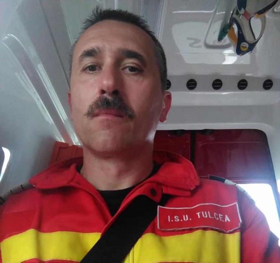 Plutonierul adjutant șef, Vdovicencu George, comandant al echipajului Smurd de la Detașamentul de pompieri Tulcea  FOTO: ISU Tulcea
