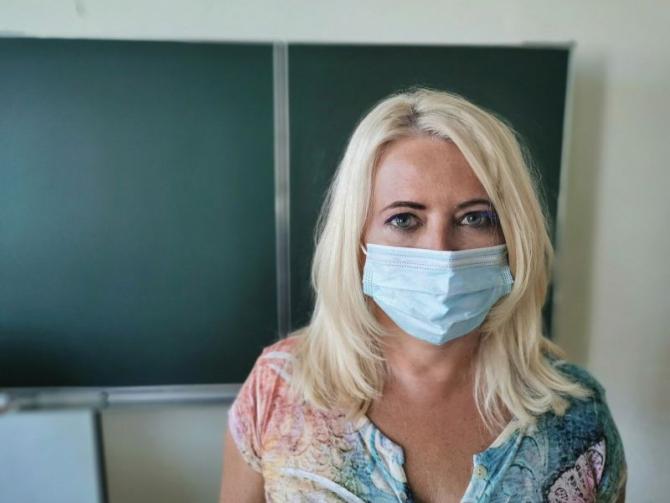 Profesor în clasă. Foto: Pixabay