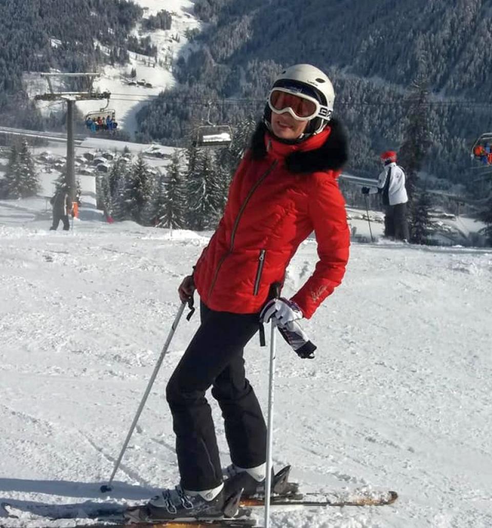 Liliana Oneț, prefectul de Timiș, este pasionată de schi. Foto: Facebook