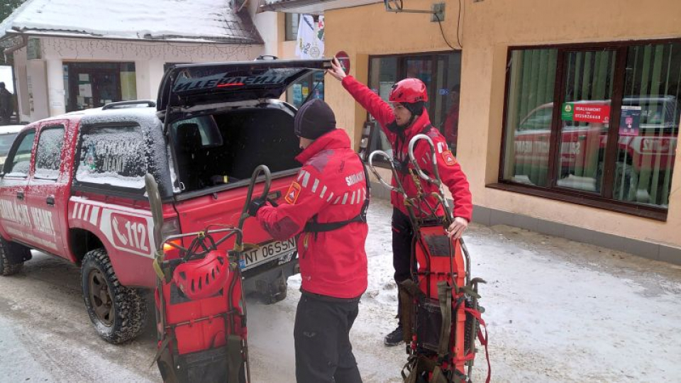 Prima echipă de la Salvamont a plecat deja spre turistul aflat în dificultate. Foto: Salvamont România / Facebook