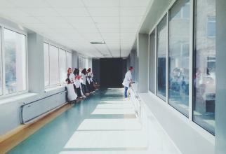 Pacienți morți de COVID-19, 15 plângeri penale. Reacție Spitalul Județean Arad, FOTO pexels