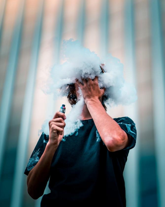 Pericolul din țigările electronice, FOTO pexels