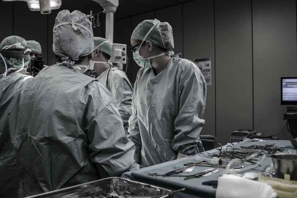 Dr. Horațiu Suciu, semnal de ALARMĂ: 400-500 de copii cu malformaţii congenitale cardiace rămân neoperaţi! Acest lucru trebuie să ne pună pe gânduri , FOTO unsplash