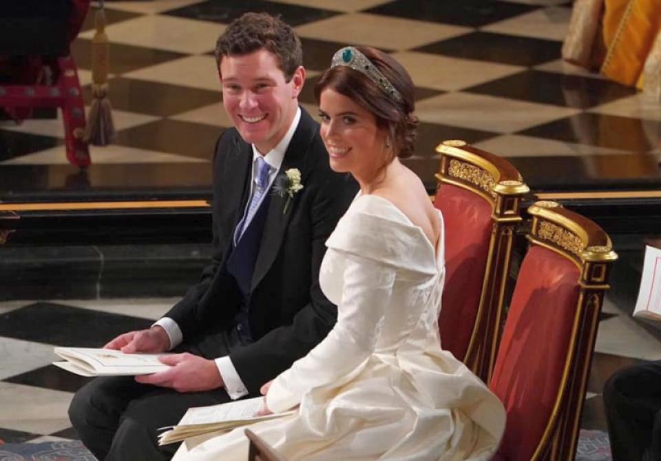 Printesa Eugenie si sotul ei Jack Brooksbank, la nunta Foto: Facebook / The Royal Family