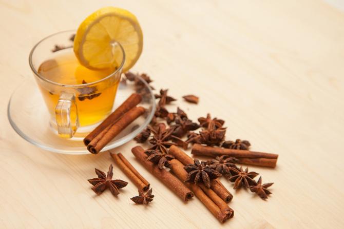 cura de slabire cu miere lamaie si scortisoara