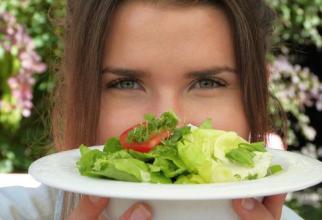 Detoxifierea creierului se poate face printr-o dietă corectă. Foto: Pixabay