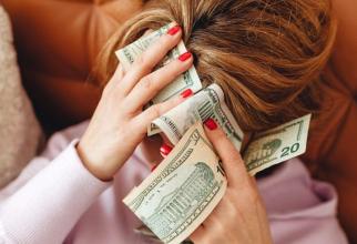 Zodia care are azi noroc cu banii. Foto: Pixabay