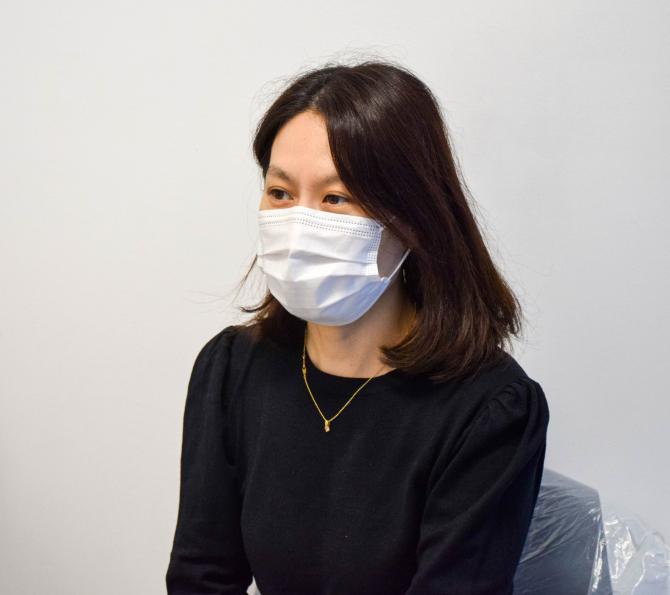 Minjung Cheon s-a vaccinat împotriva COVID  Foto: CNCAV - Locotenent Gabriel Chiriloiu