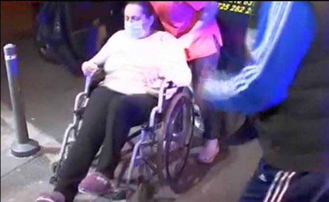 Pacient evacuat din Spitalul Foișor. Foto: Print screen Antena 3