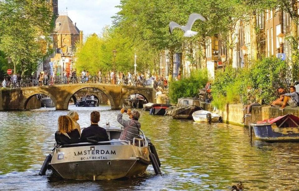 Restricțiile vor fi relaxate în Olanda. Foto: Amterdam / Pixabay