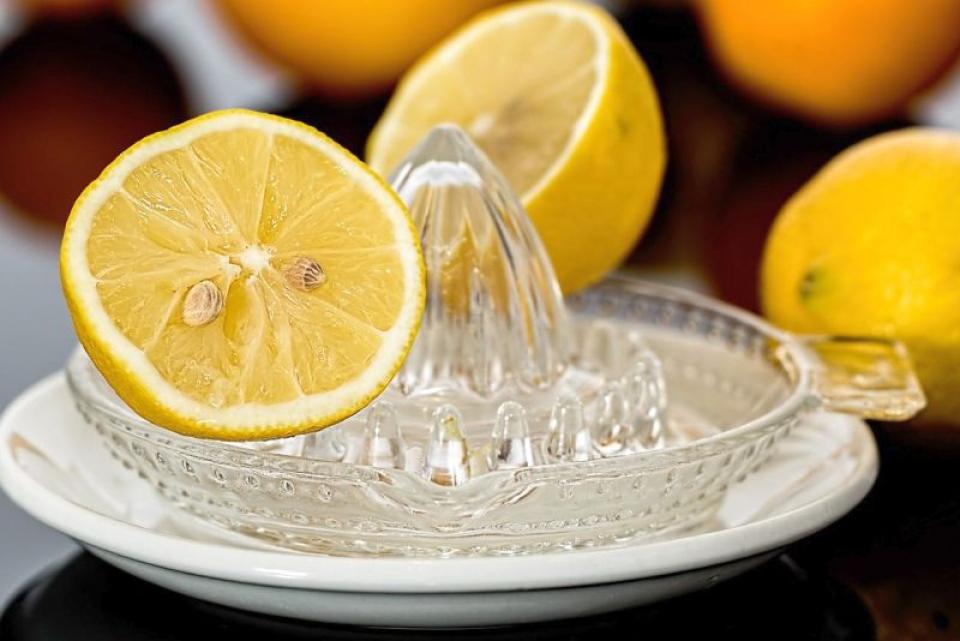 Efectele benefice ale sucului de lămâie. Foto: Pixabay