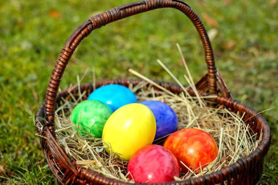 Vopseaua pentru ouă conține aditivi. Foto: Pixabay