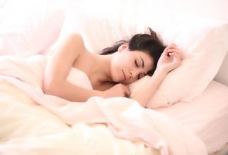 De ce să dormiți pe partea stâgă. Foto: Pixabay