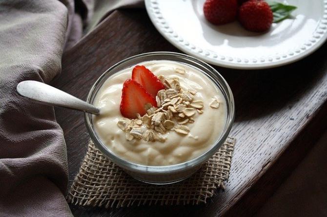 Probiotice: iaurtul este una dintre cele mai bune surse    Foto: pixabay.com