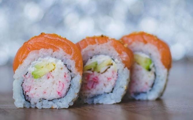 sushi pierde în greutate)