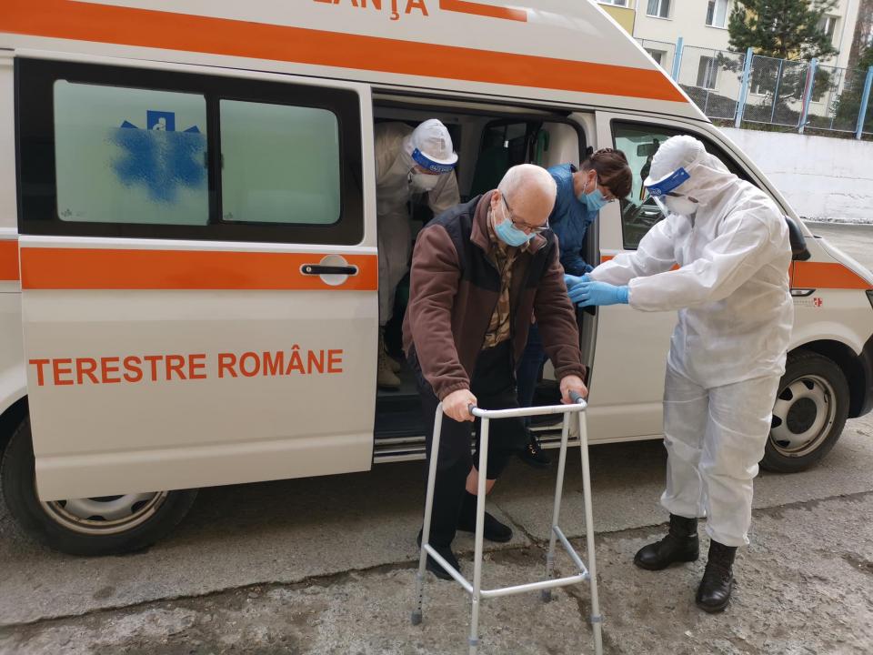 Gheorghe Borș, bărbat de 73 de ani, din Miercurea Ciuc, s-a vaccinat  FOTO: Facebook Ro Vaccinare via Brigada 61 Vânători de Munte
