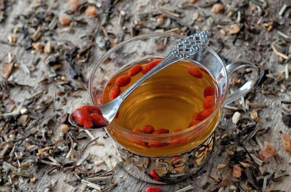 Ceaiul de Goji te poate ajuta să slăbești. Foto: Pixabay