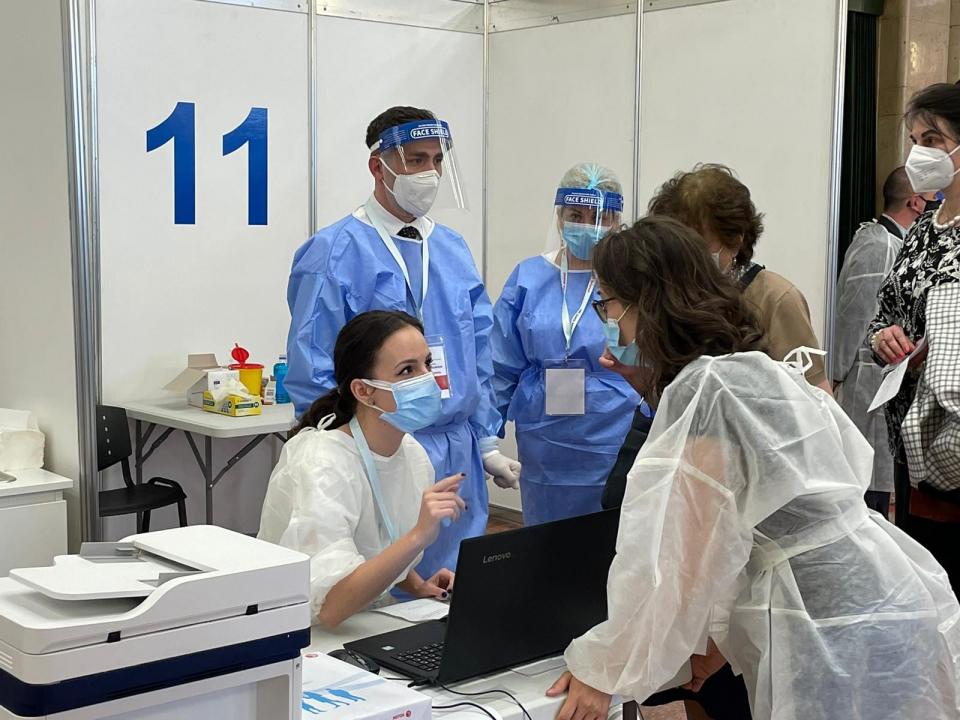 FOTO Facebook RO Vaccinare