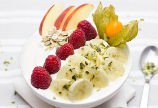 Fructele de pădure, banana și cerealele de ovăz cresc concentrarea. Foto: Pxhere