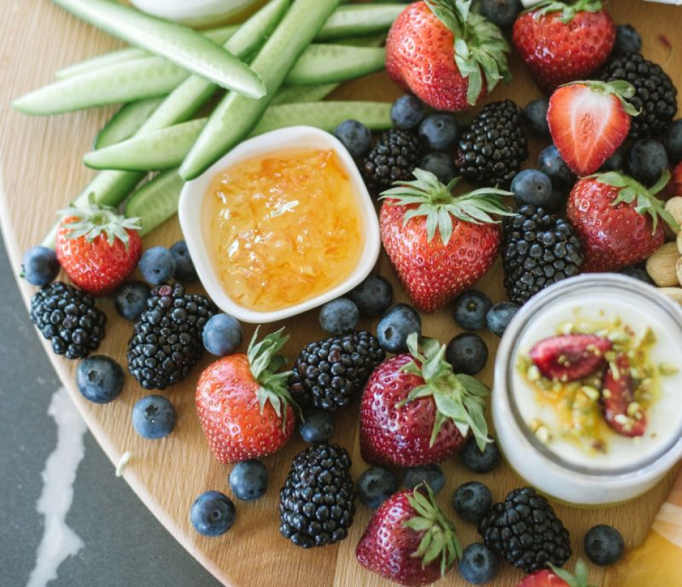 Alimente de consumat de caniculă. Foto: Chris Tombrella / Pexels