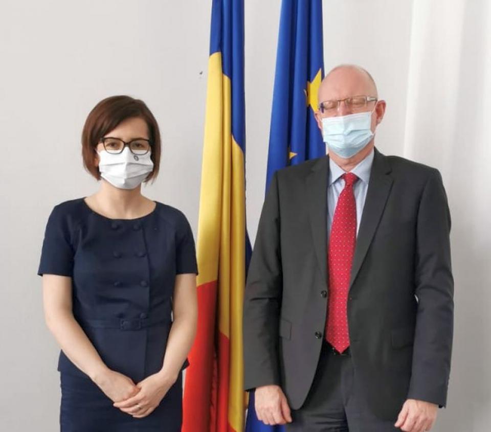 Ministrul Sănătății, Ioana Mihăilă, și ambasadorulDanemarcei, ES Soren Jensen. Foto: Ministerul Sănătății