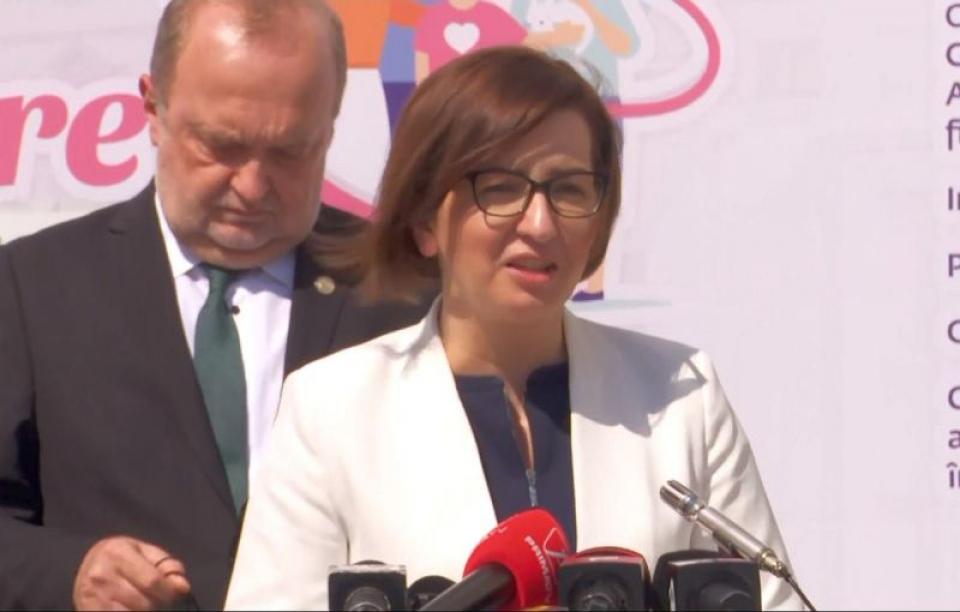 Ministrul Ioana Mihăilă, la conferința de la Iași. Foto: print screen