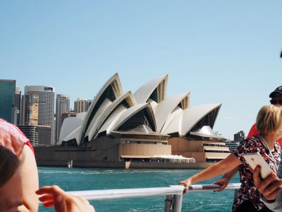 Sydney intra în carantină din cauza variantei Delta de COVID. Foto: Caroline Voelker / Unsplash