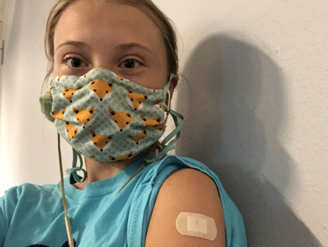 Greta Thunberg s-a vaccinat împotriva COVID  FOTO: Twitter