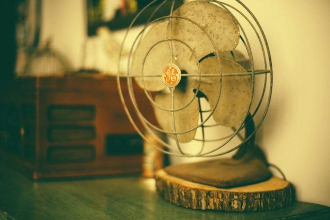 Ventilatorul îți poate face rău. Foto: PIxabay