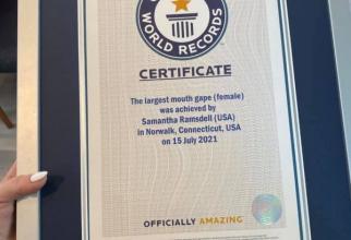 Certificatul care atestă că are cea mai mare gură. Foto: Facebook