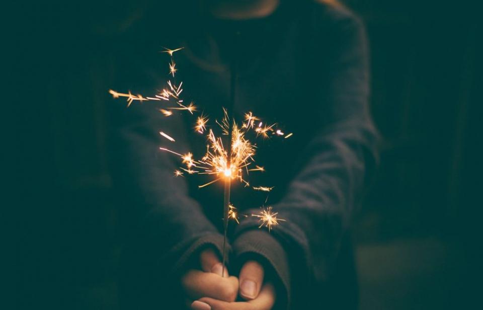 Zodia care stă pe un butoi de pulbere și care va avea parte de artificii. Foto: Pixabay