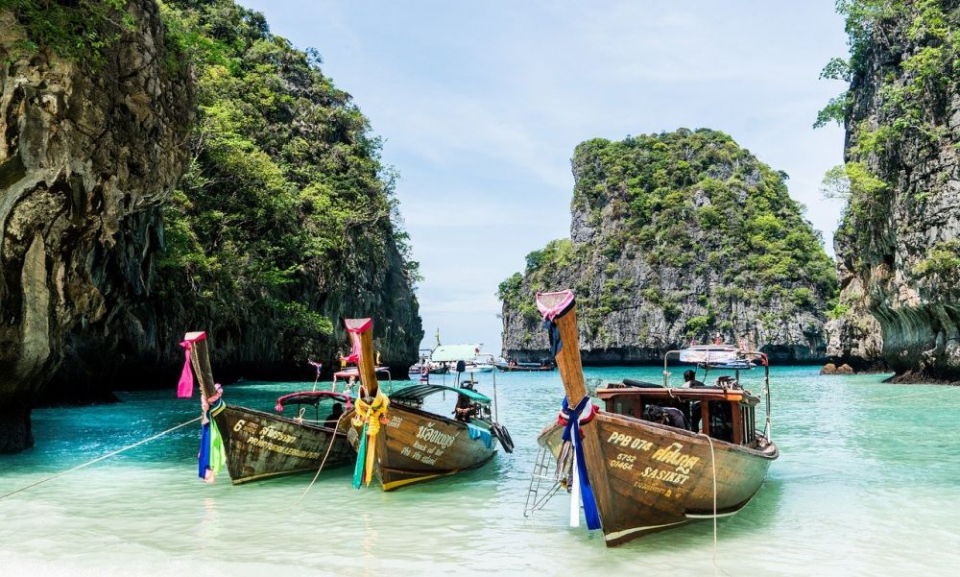 Turiștii care se duc în Thailanda nu au voie să folosească anumite creme de protecție. Foto: Pixabay