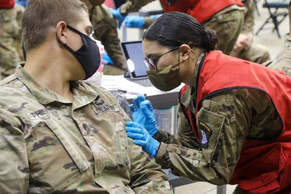 În Armata Americană vaccinul COVID-19 va deveni obligatoriu. Foto: US Army / Facebook