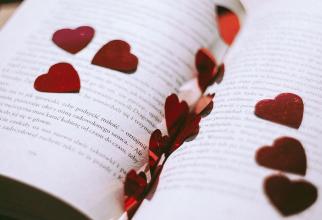 Ritmul cardiac se sincronizează la persoanele care ascultă aceeași poveste. Foto: Pixabay