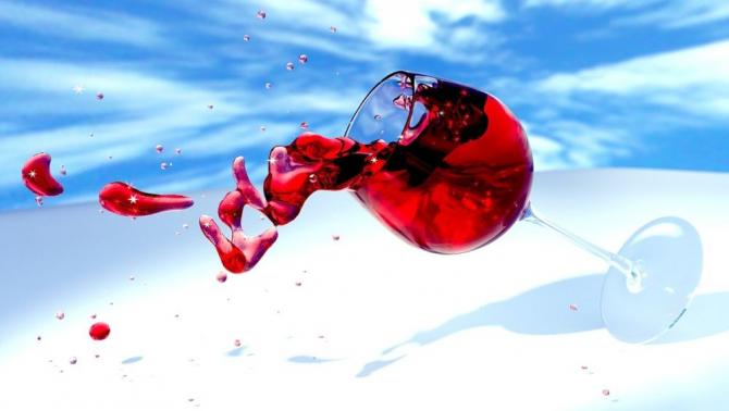 Un pahar de vine e suficient să-ți dublezi riscul de fibrilație atrială. Foto: Pixabay