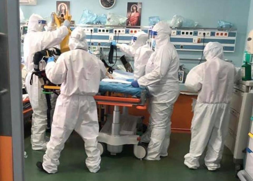 Spitalele din Bucuresti sunt pline cu pacienti COVID-19. Sursa foto: Spitalul Sfantul Pantelimon din Bucuresti