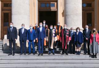 Klaus Iohannis la deschiderea noului an universitar la UMF București  FOTO: Facebook Diana Păun